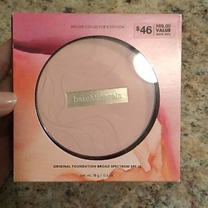New Fairly Light Bare Minerals powder Foundation